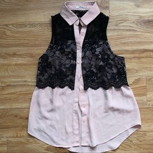 Tops - Sleeveless Blush Button Up Blouse with Black Lace